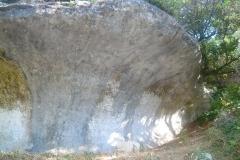 chateauneuf_fond_qui_pisse-roche